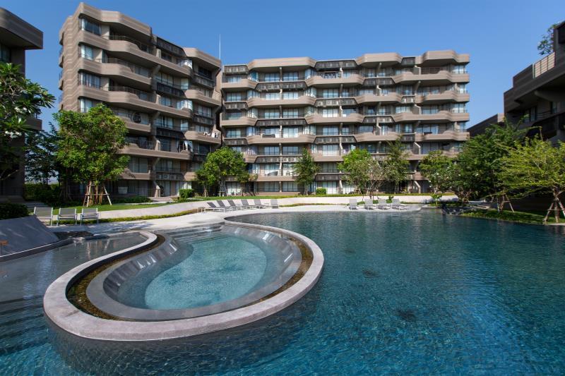 Baan SanNgarm Beachfront Condominium