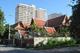 [プラタムナックヒル]ヴィラ(200m2)  3ベッドルーム/4バスルーム 3 bedroom  187 m beachfront Pattaya
