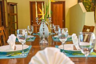 [ラワイ]ヴィラ(300m2)| 6ベッドルーム/6バスルーム 6 BDR Family Pool Villa Near Seafood Market Rawai