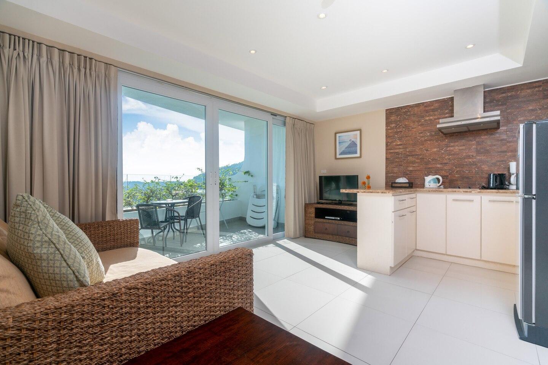 Sea View Apartment With 1 Bedroom in Kata อพาร์ตเมนต์ 1 ห้องนอน 1 ห้องน้ำส่วนตัว ขนาด 53 ตร.ม. – กะตะ