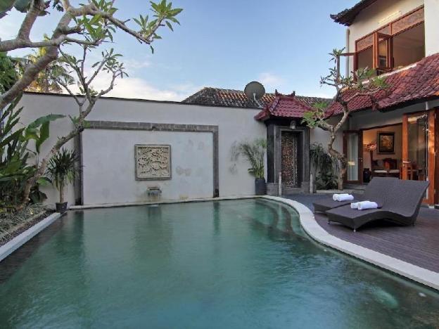 Swimming pool 5BR