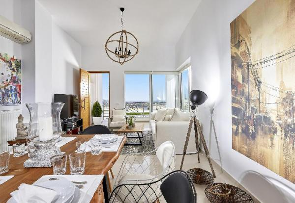 Spacious Mint Luxury Villa access to private beach Crete