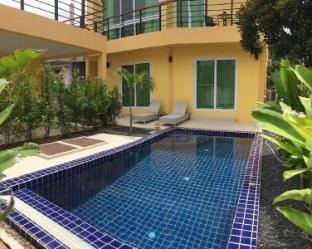 [ラワイ]ヴィラ(300m2)| 4ベッドルーム/4バスルーム 4 bed villa inside gated estate in Rawai area