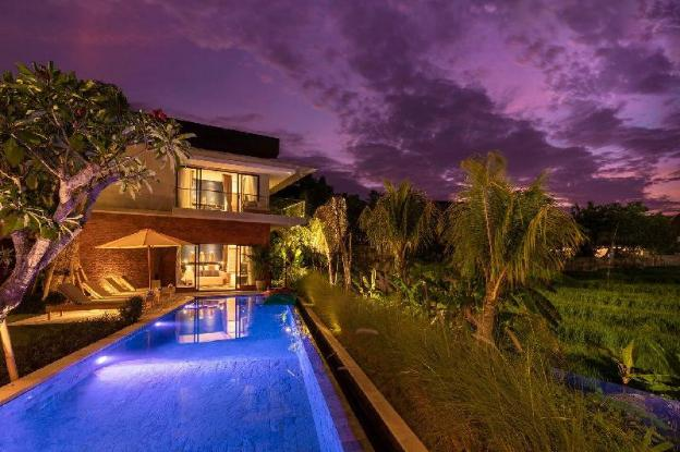 Luxury 2BR guesthouse in heart of Berawa, Canggu