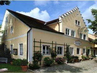 Guest House Schlo� Tunzenberg