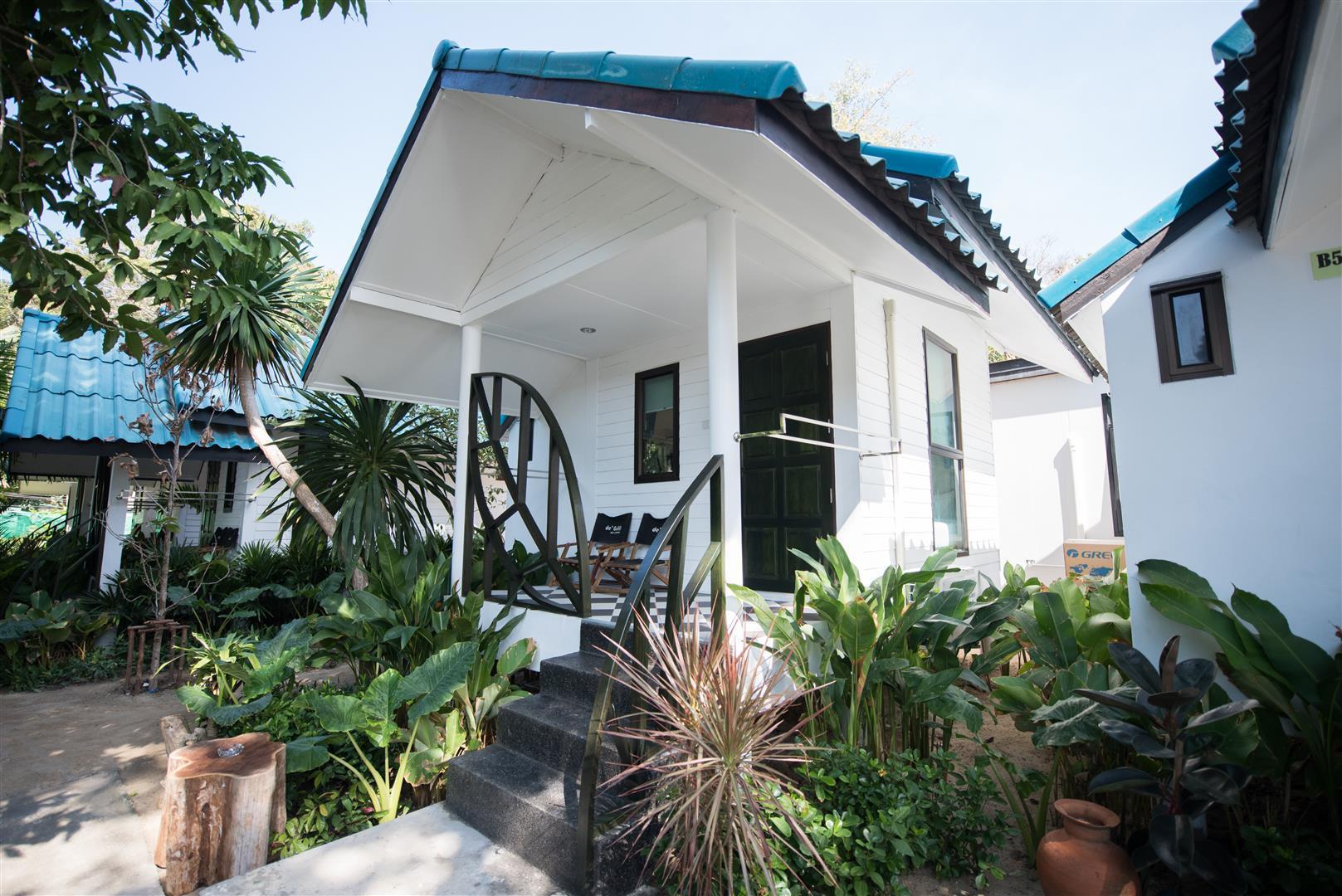 Samed Tropical Resort เสม็ด ทรอปิคัล วิลลา