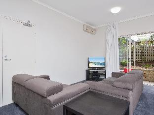 Zenith Studio, Unit 4/10 Messines Street Port Stephens New South Wales Australia