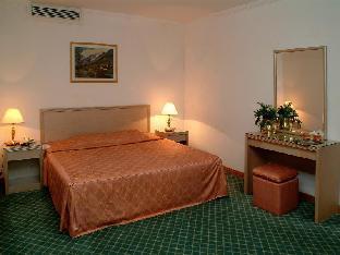 Casablanca Tayef Hotel
