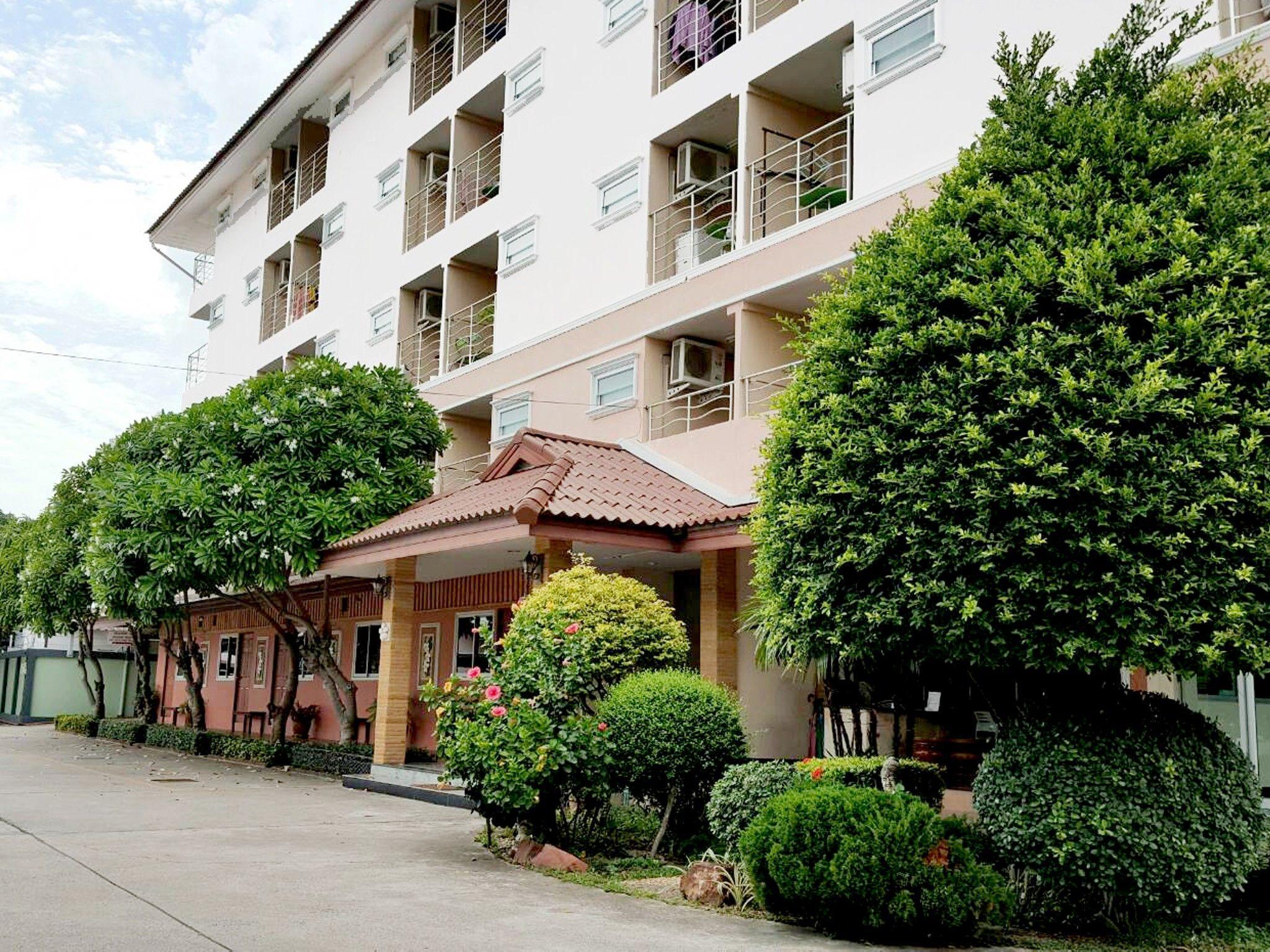 Areechon Resort And Apartment