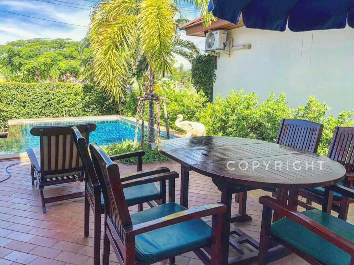 Tropicana Beach Villa 3 beds 2 bath with Pool 3 ห้องนอน 2 ห้องน้ำส่วนตัว ขนาด 100 ตร.ม. – หาดระยอง
