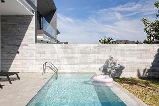 [チャロン]ヴィラ(310m2)| 2ベッドルーム/2バスルーム 2 Bedrooms Five-star Boutique Modern Pool Villa