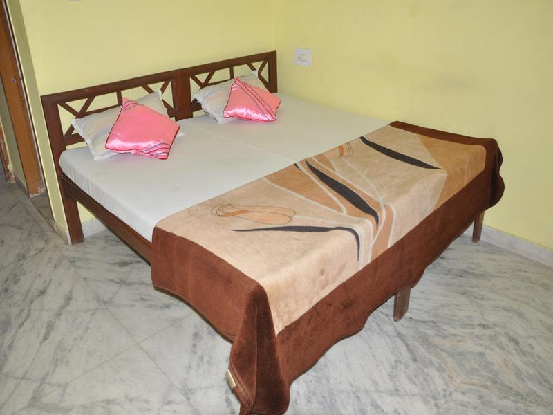 Aravali Hotel