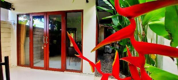 Sanur Private room No. 102 W/ terrace & kitchen
