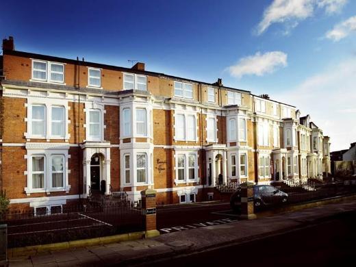 Kensington House Aparthotel