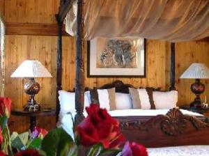 Knysna Tonquani Lodge and Spa