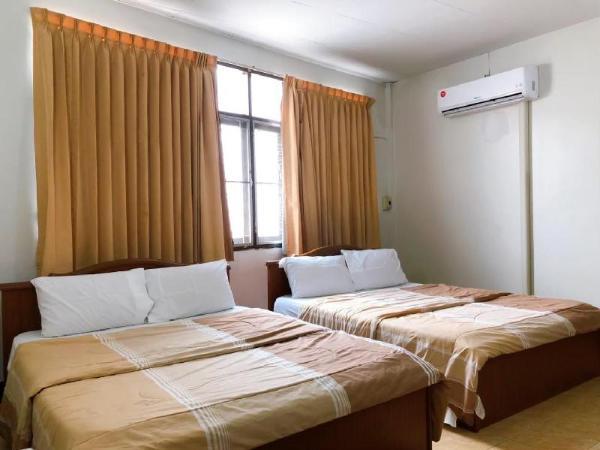 Tokyo Hotel Korat Nakhon Ratchasima