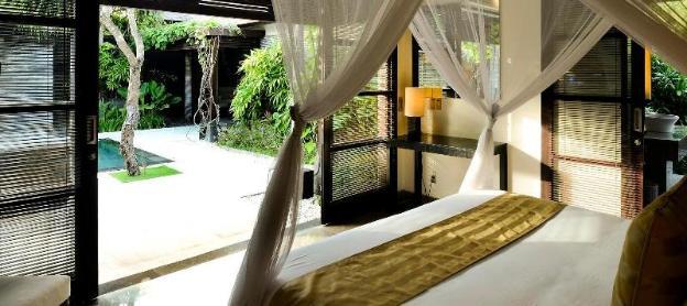 Luxury 3 Bedroom Presidential Villa - Breakfast