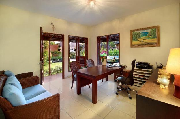 Beautiful Villa 3 BR with Private Pool - B'fast