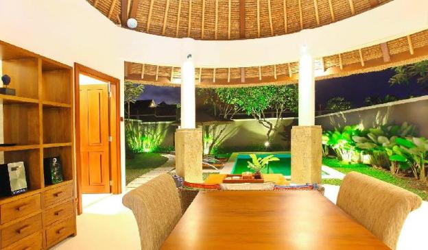 TwoBR Deluxe Villa with Private Pool-Breakfast MBB