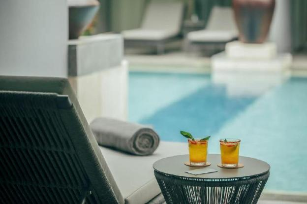 Lagoon Pool-Breakfast|KVR
