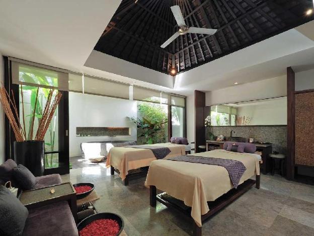 Spa Villa-Breakfast|TAS