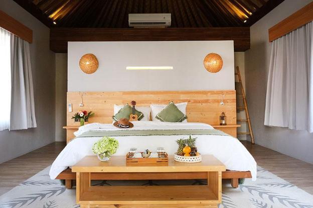 Deluxe Room-Breakfast|KVS