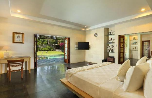 Grand Royal Two Bedroom Pool Villa - Breakfast