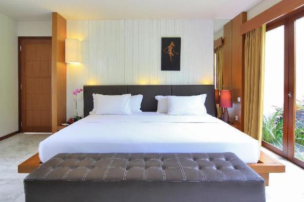OneBR Deluxe Room + Bathtub + Breakfast