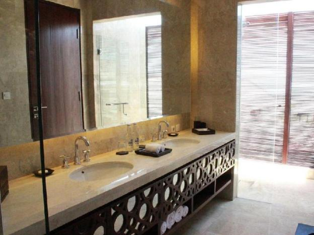 Two BR Suite with Private Pool - Breakfast