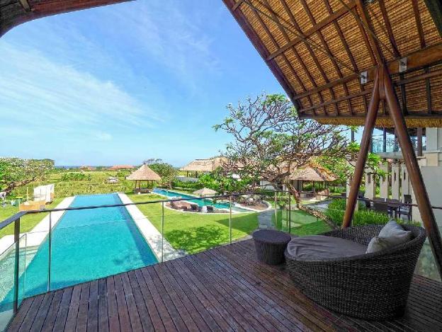 TwoBR Private Pool Villa with a Bathtub -Breakfast
