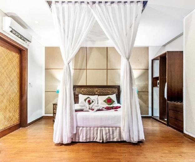 1 BR  Villa with Private Pool+ Brkfst @Seminyak