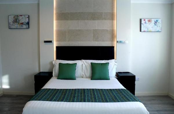 146 Suites London