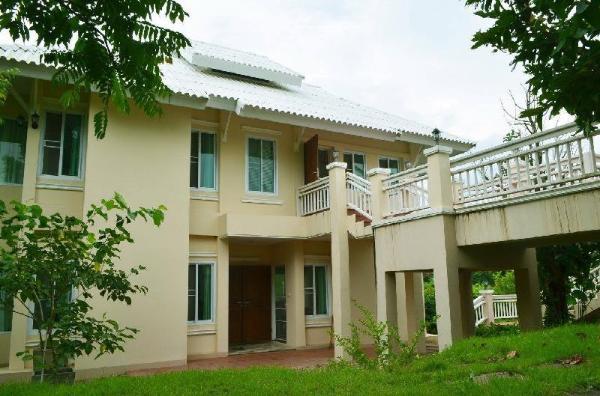 Chayachito Home Chiang Mai