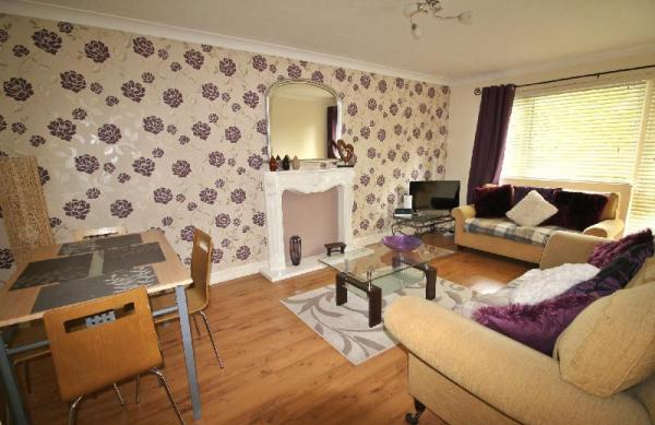 Boswell - Balcony Apartment Doncaster
