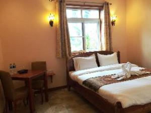 Pongsin Resort and Restaurant