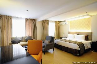 picture 1 of Imperial Palace Suites Quezon City