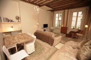 Ah Paris Apartments  Louvre Bourse 2  Apt. 344 Rue Saint Sauveur