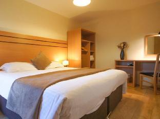 Crompton Court Apartments - London Hotels