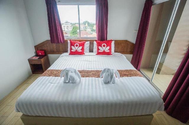 เซน รูม ถนนวัวลาย – ZEN Rooms Wualai Road