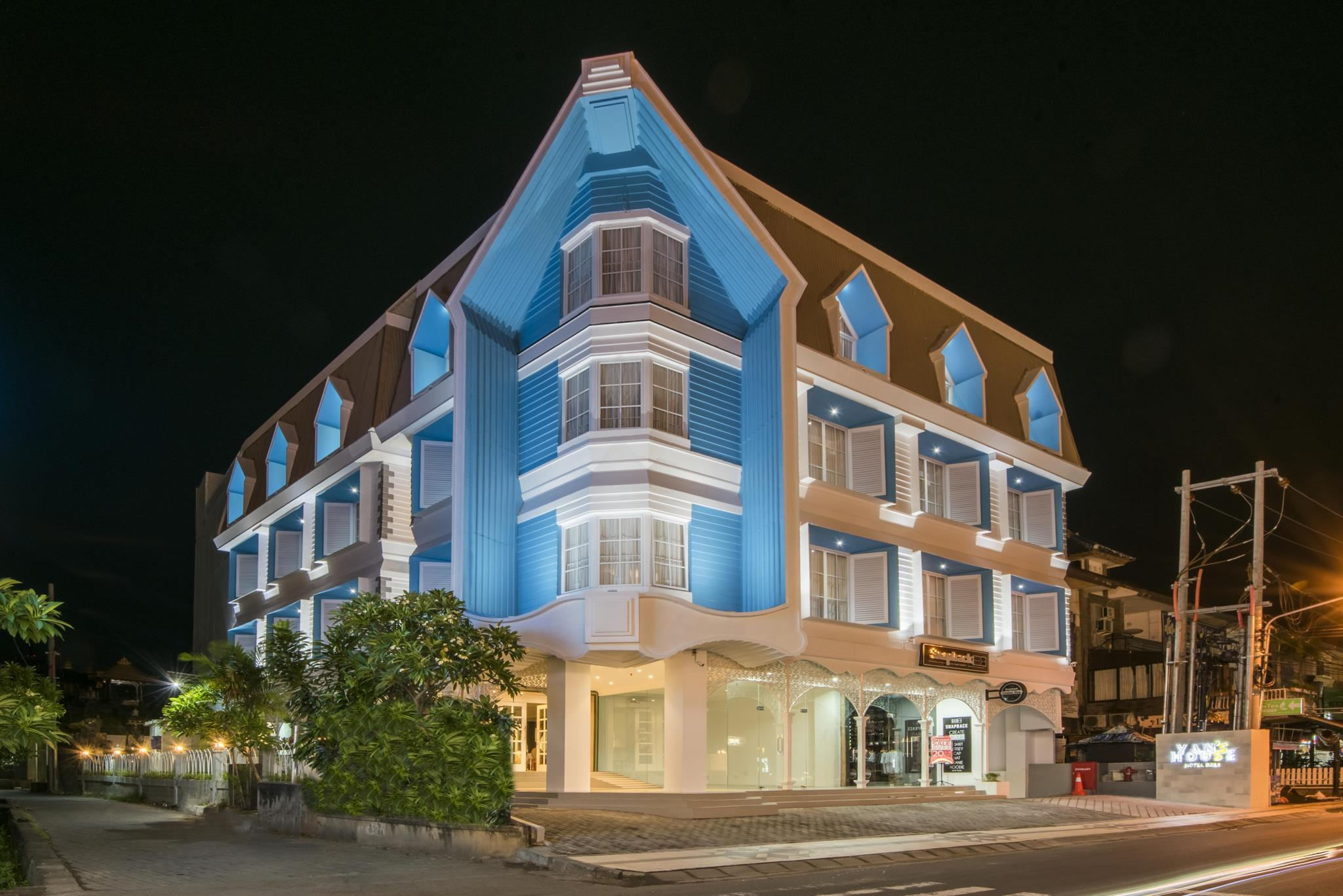 Yans House Hotel