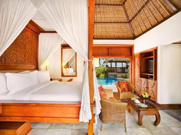 1BR Luxury Villa w' Private Pool @Beach front Area