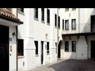 Hotel And Residence Roma