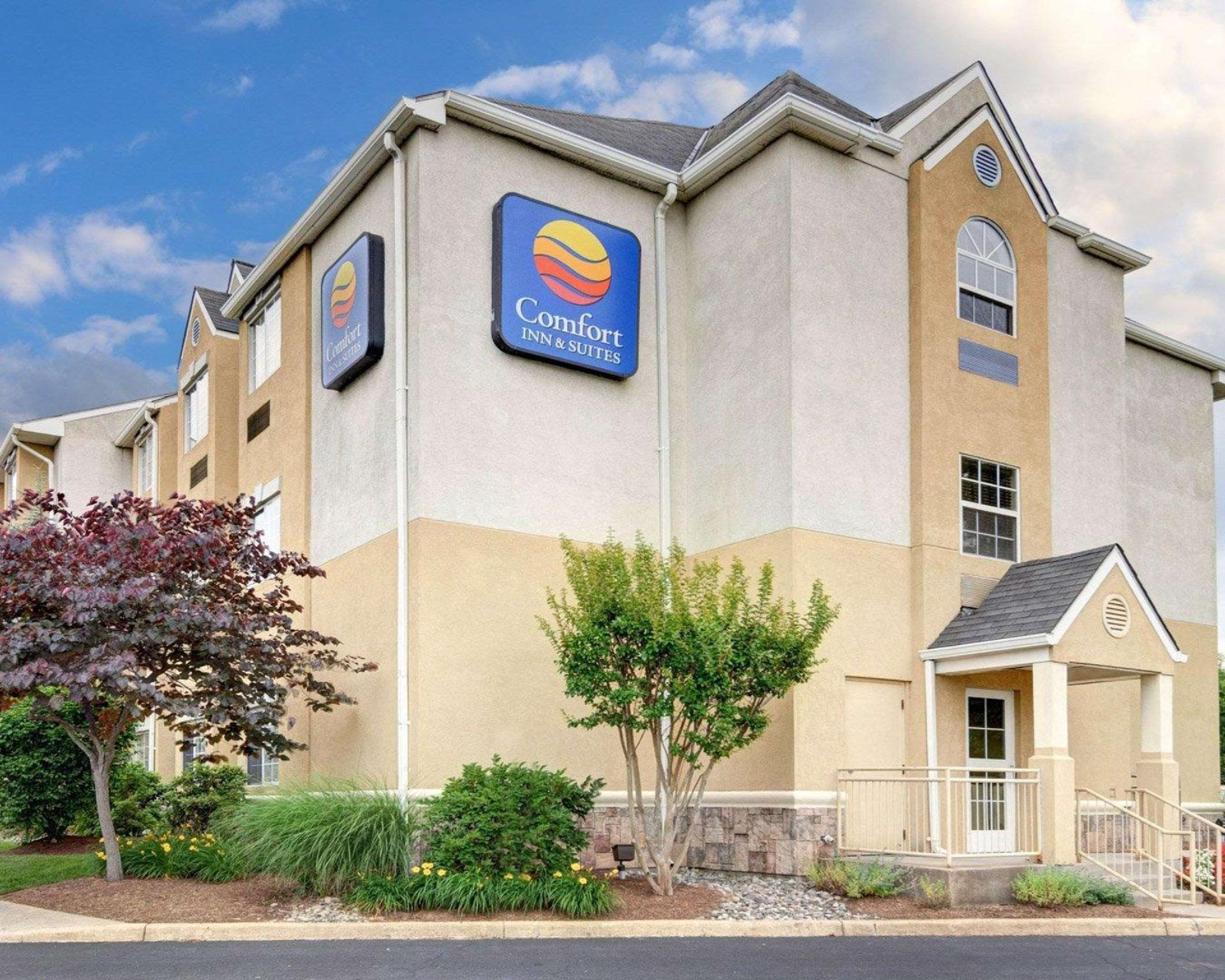 Comfort Inn And Suites Airport Dulles Gateway