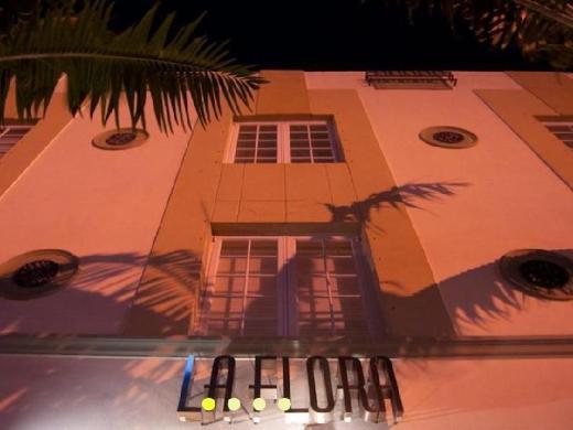 La Flora Hotel