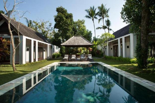 Lush Tropical Garden 2 BR Private Pool  Villa