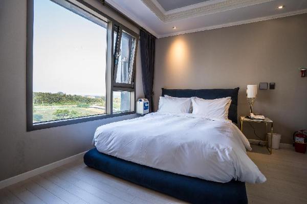 Cornerstone Hotel Jeju Island