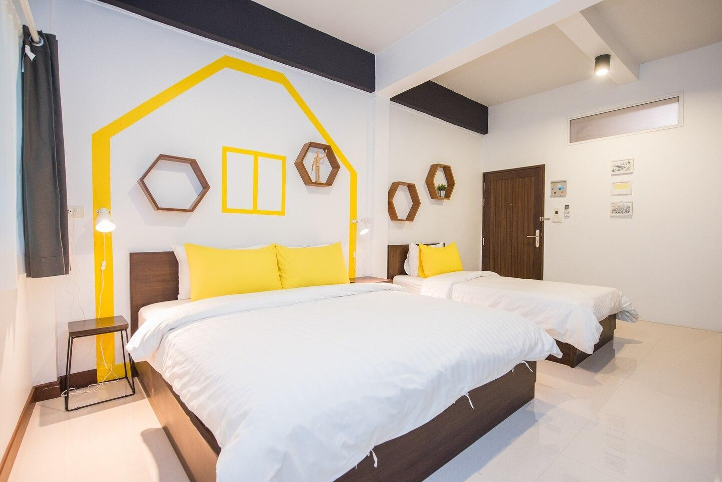HOMEROOM L2 In Center of Bangkok, Walkable to Mall