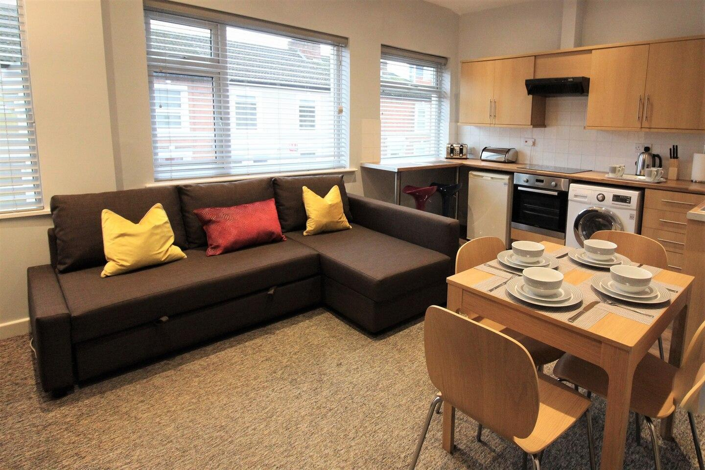 Sunnyside View-1-bed Apartment, Coventry Centre