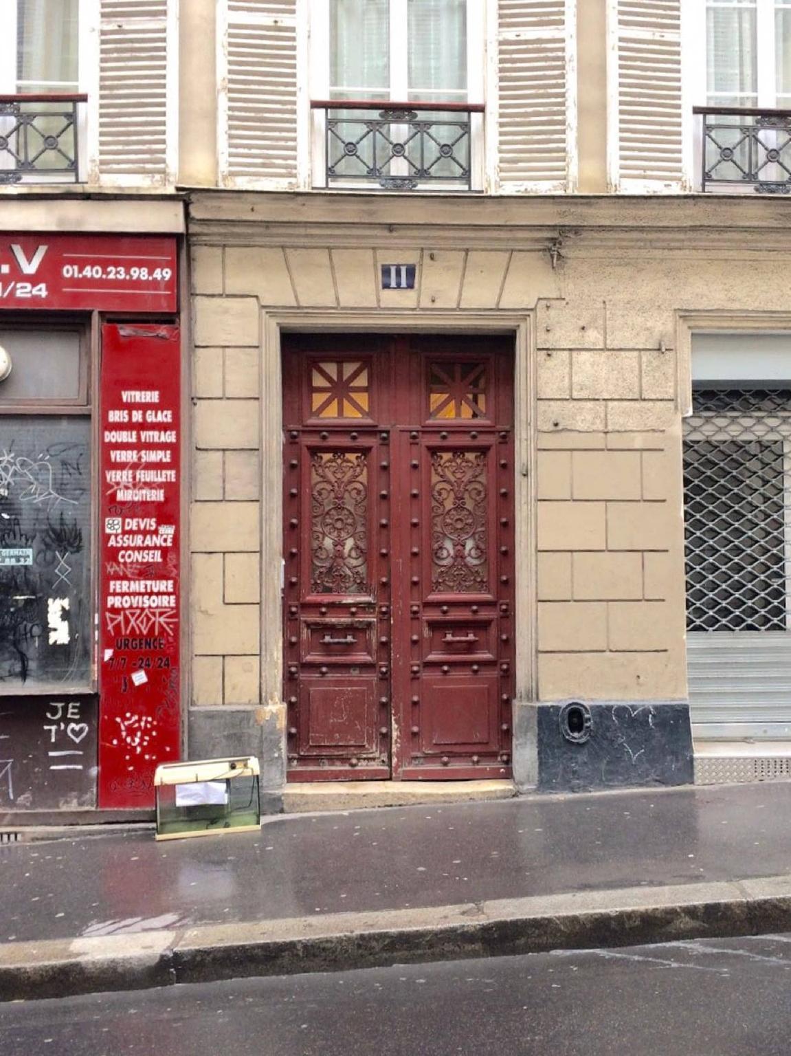 Parisian Family Apart - Sacr Coeur