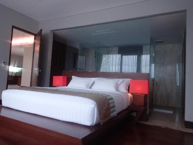 Entire house - 15 bedrooms Sun Suite Villa Bali